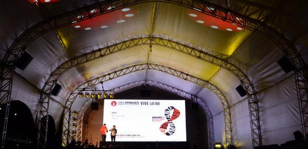 La música también se Vive (Latino) en una pantalla