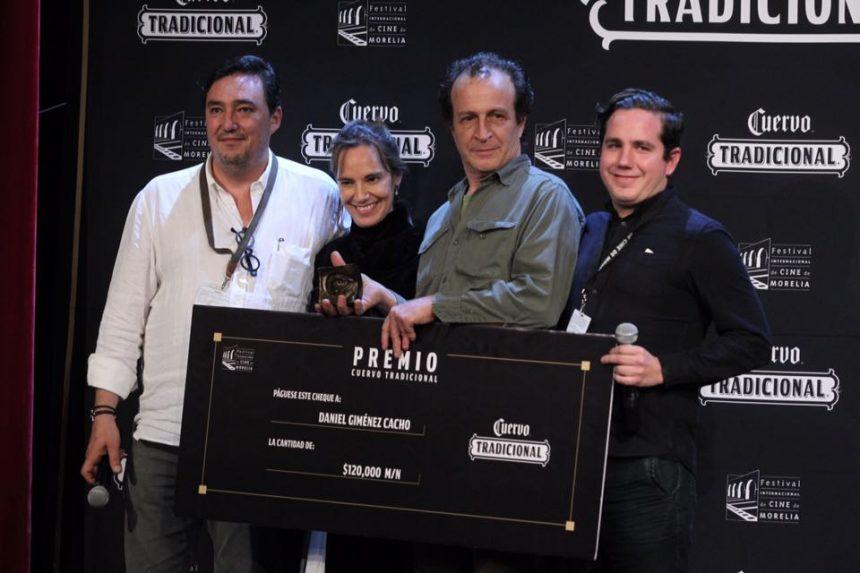 Premian a Daniel Gimenez Cacho