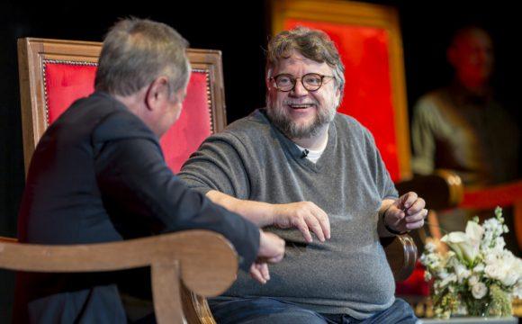 Recuerda Del Toro sus inicios